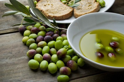 Prijavite ulje na analizu za 4. Dane maslinova ulja u Ugljanu