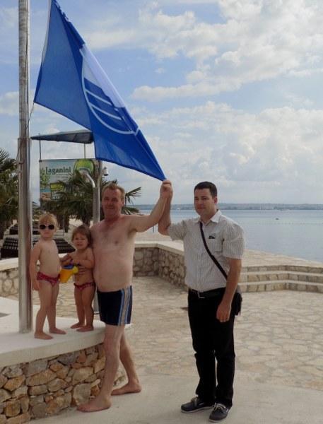 Na plaži Jaz podignuta deseta, jubilarna Plava zastava