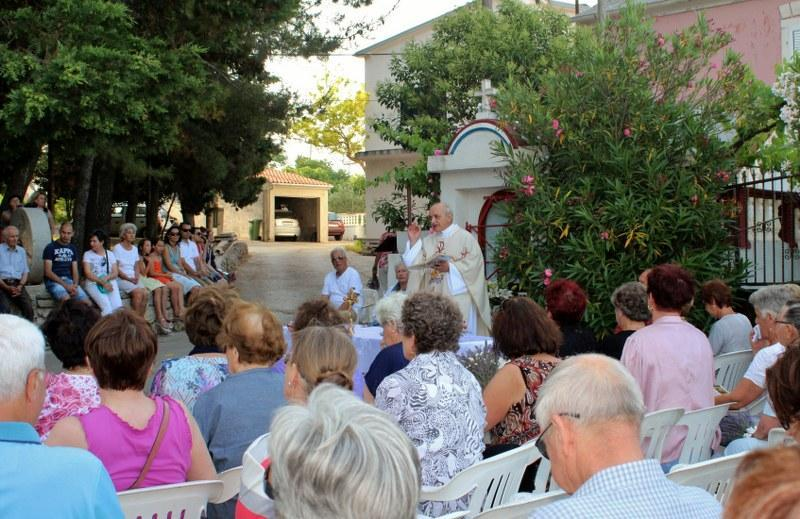Proslava blagdana sv. Ante u Malom Lukoranu