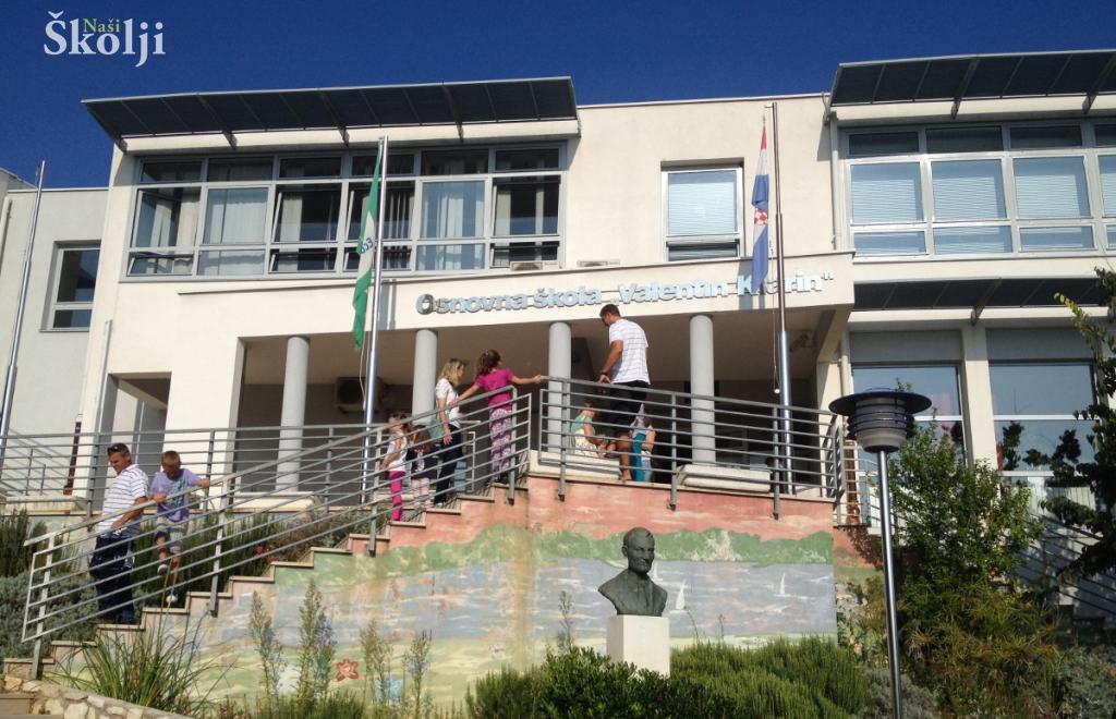 Općina Preko subvencionira nabavu školskih udžbenika svakom djetetu