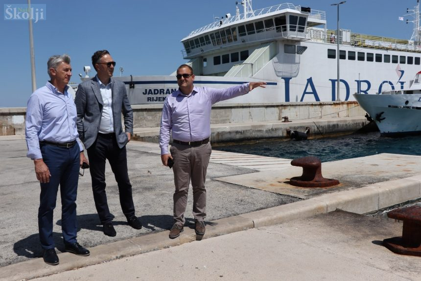 Jadrolinija kupuje nove trajekte, jedan dolazi na liniju Gaženica – Preko